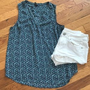 Tops - V-neck blue and teal tank